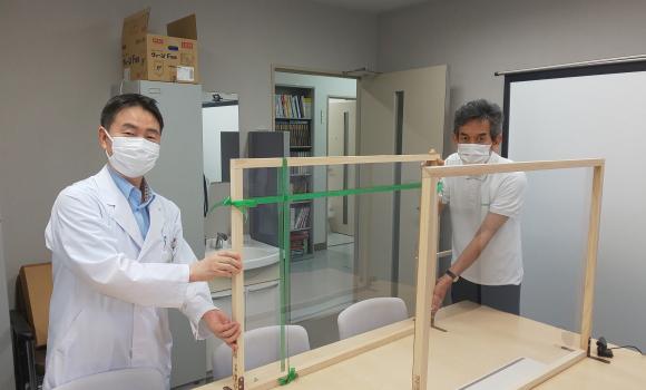 210621教授室(small).jpg